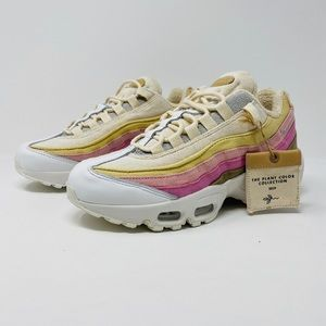 Nike Women's Air Max 95 Plant Dyed